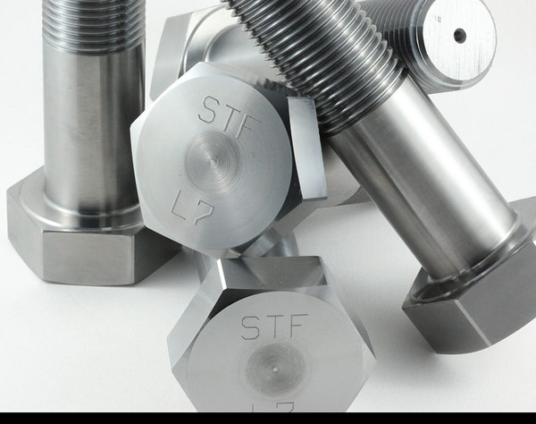 ASTM A320/A320M Heavy Hex Bolts